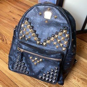 MCM Stark Viestod stud Backpack